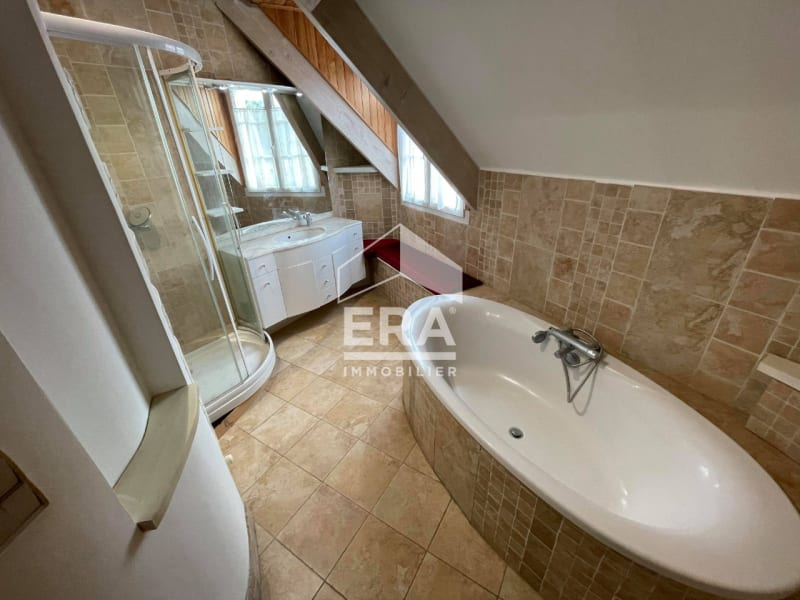 Location maison / villa Grisy suisnes 2400€ CC - Photo 13
