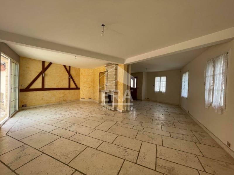 Location maison / villa Brie comte robert 2400€ CC - Photo 5