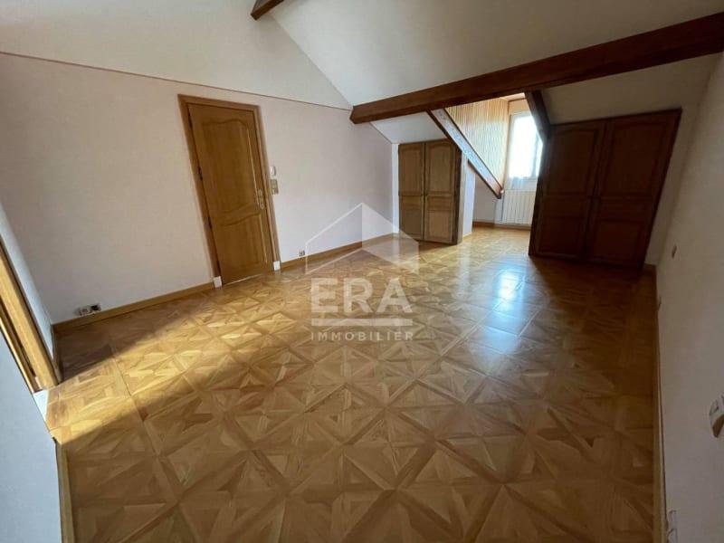 Location maison / villa Brie comte robert 2400€ CC - Photo 9