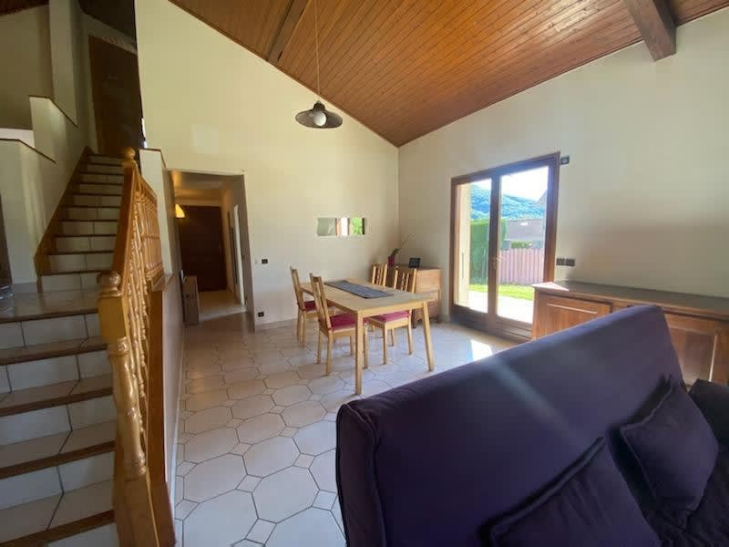 Sale house / villa Chirens 290000€ - Picture 3