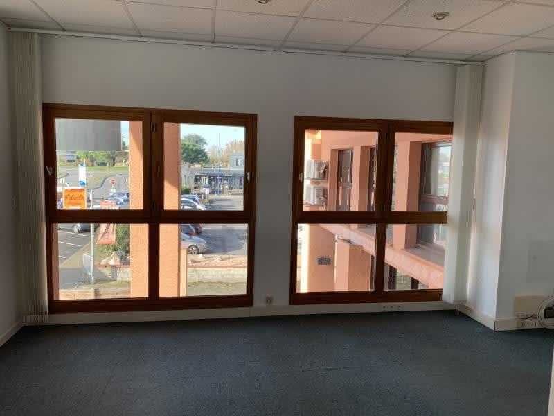 Rental empty room/storage Launaguet 1500€ HC - Picture 9
