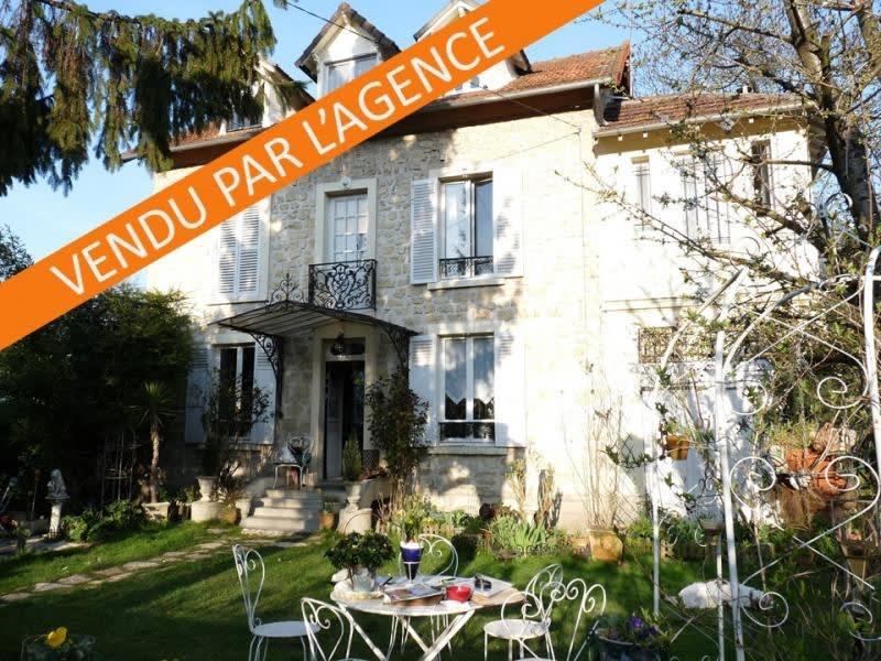 Sale house / villa Villennes sur seine 750000€ - Picture 1