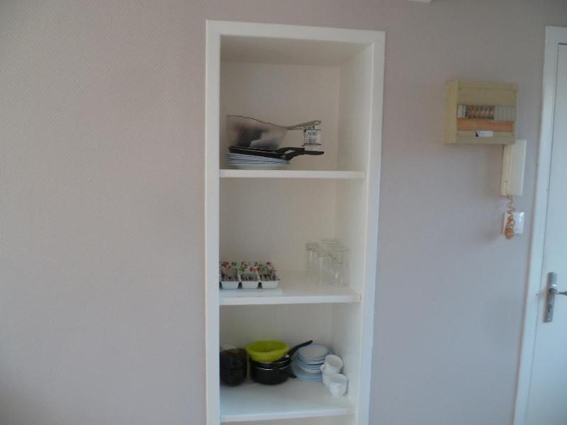 Rental apartment Saint-omer 320€ CC - Picture 2