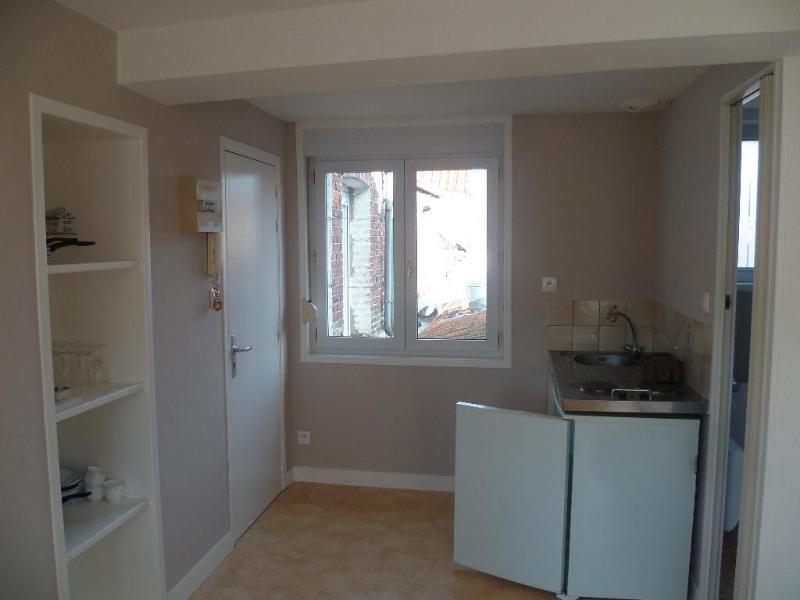 Rental apartment Saint-omer 320€ CC - Picture 3
