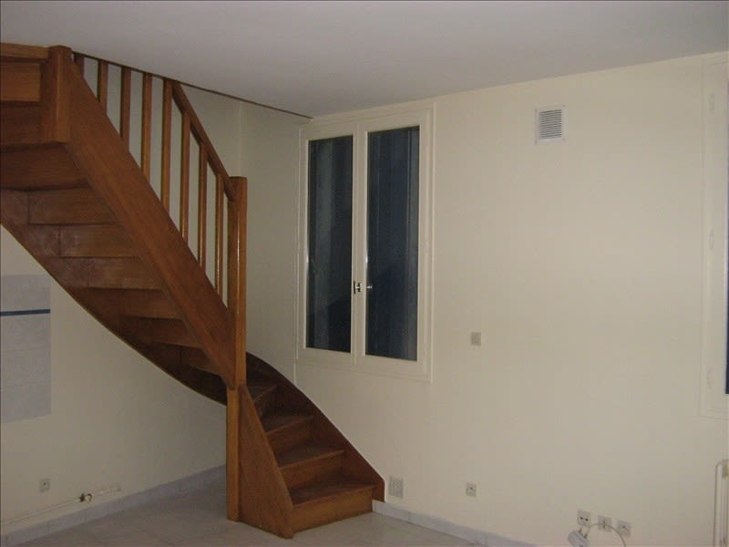 Rental apartment Nevers 432€ CC - Picture 3