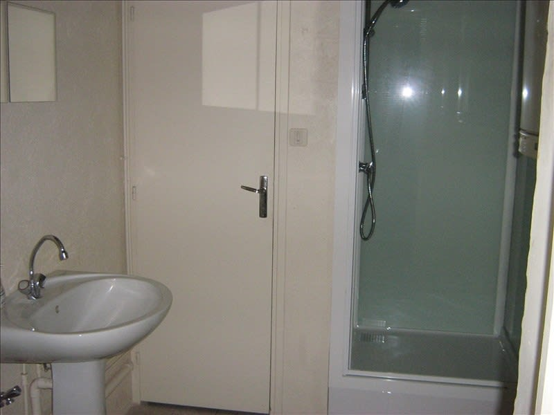 Rental apartment Nevers 410€ CC - Picture 2