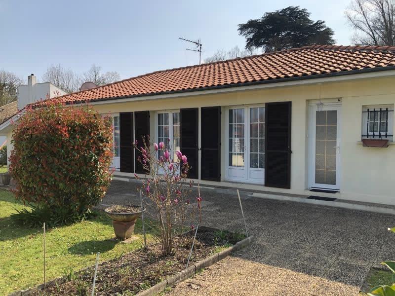 Sale house / villa Leognan 60000€ - Picture 1