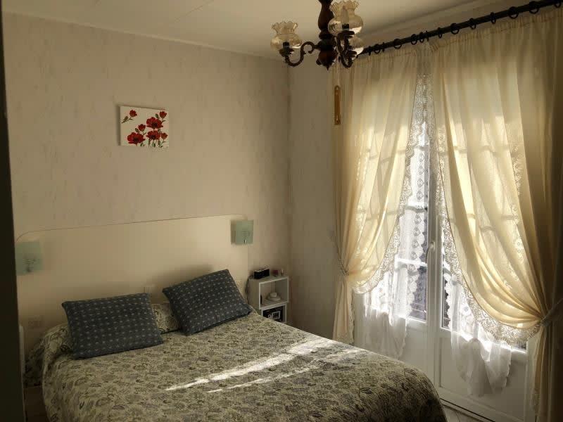 Sale house / villa Leognan 60000€ - Picture 6
