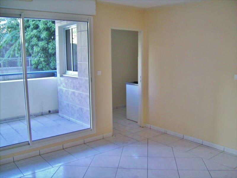 Rental apartment Saint denis 439€ CC - Picture 2