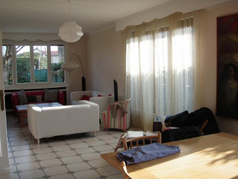Location maison / villa Le pecq 2602€ CC - Photo 2