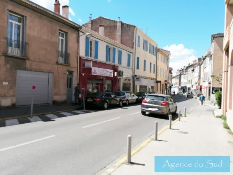 Location local commercial Aubagne 715€ HC - Photo 1