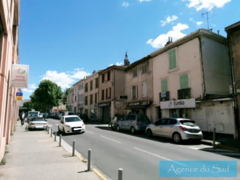 Location local commercial Aubagne 715€ HC - Photo 2