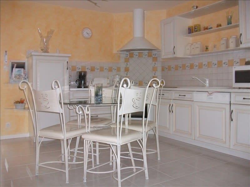 Rental house / villa Chatelaillon plage 470€ CC - Picture 4