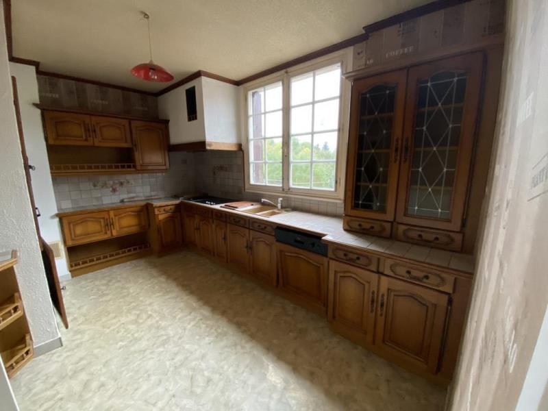 Sale house / villa Guerigny 133000€ - Picture 2