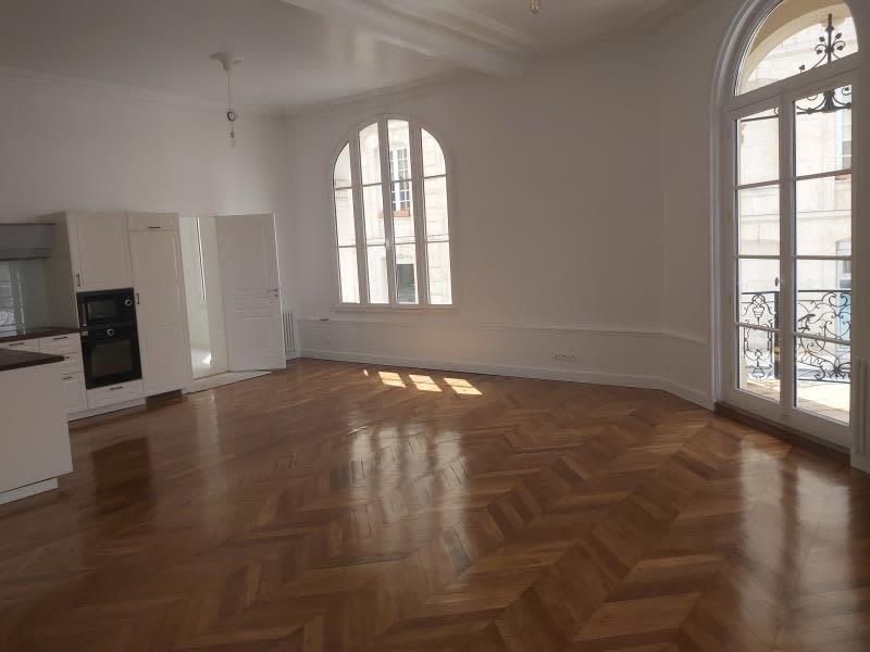 Deluxe sale apartment Caen 378000€ - Picture 2