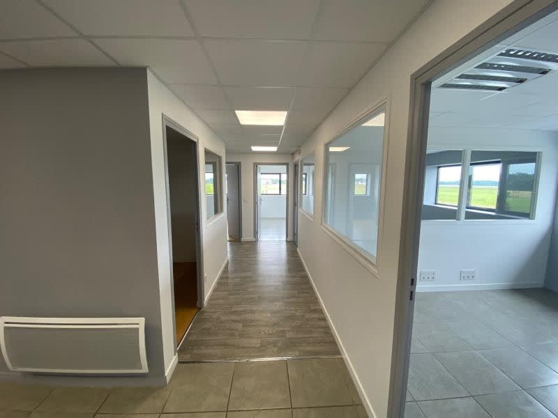 Rental office Bieville beuville 2375€ HC - Picture 3