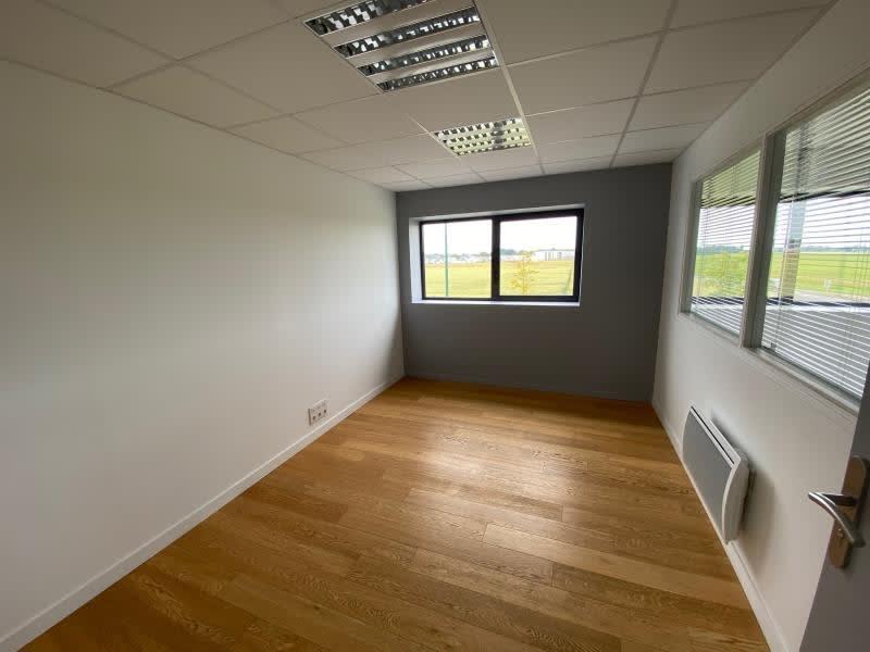 Rental office Bieville beuville 2375€ HC - Picture 8