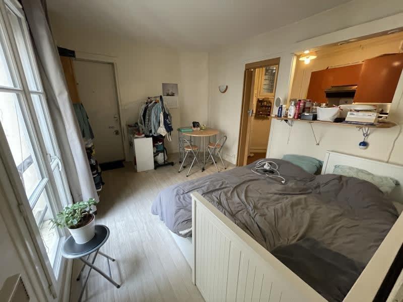 Rental apartment Paris 1200€ CC - Picture 2