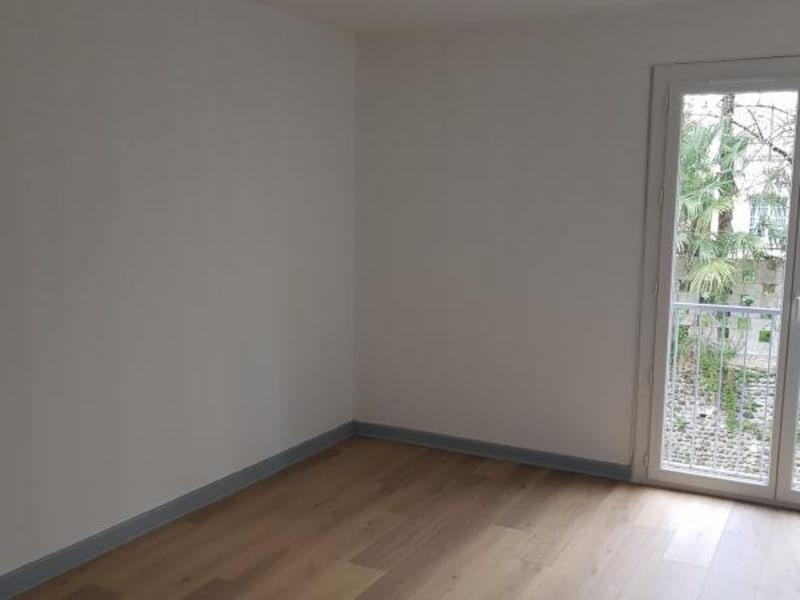 Sale apartment Pau 95000€ - Picture 2