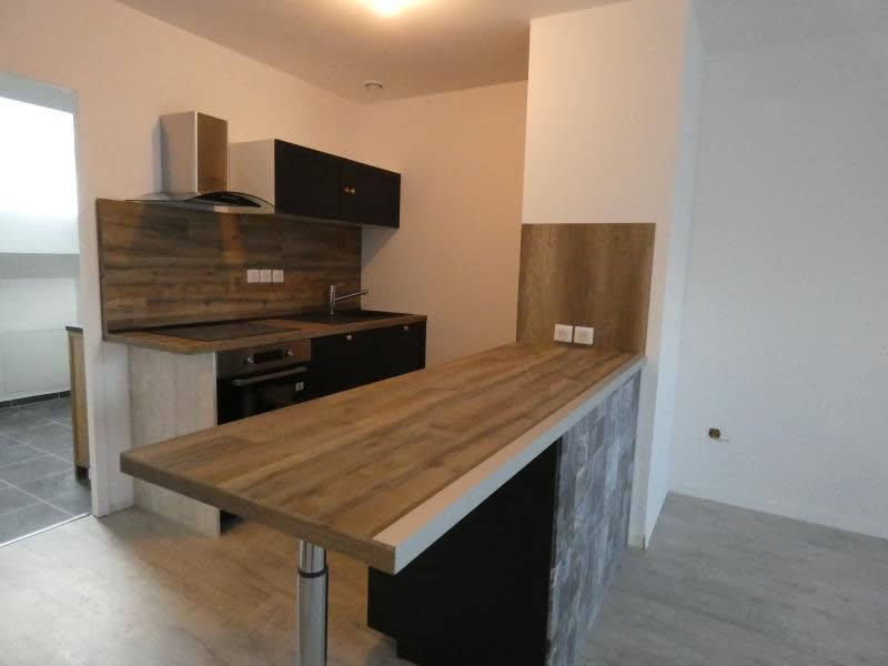 Vente appartement Scionzier 245000€ - Photo 2
