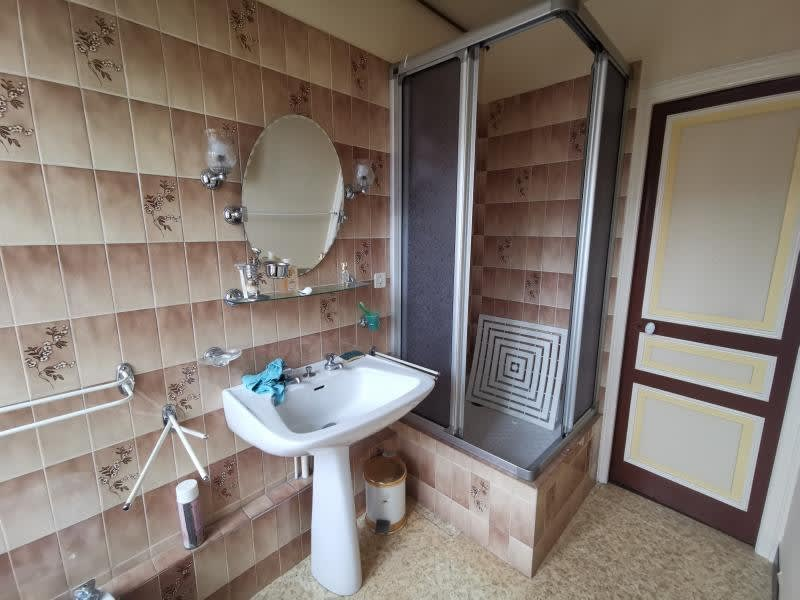 Sale house / villa Pierre buffiere 144500€ - Picture 6
