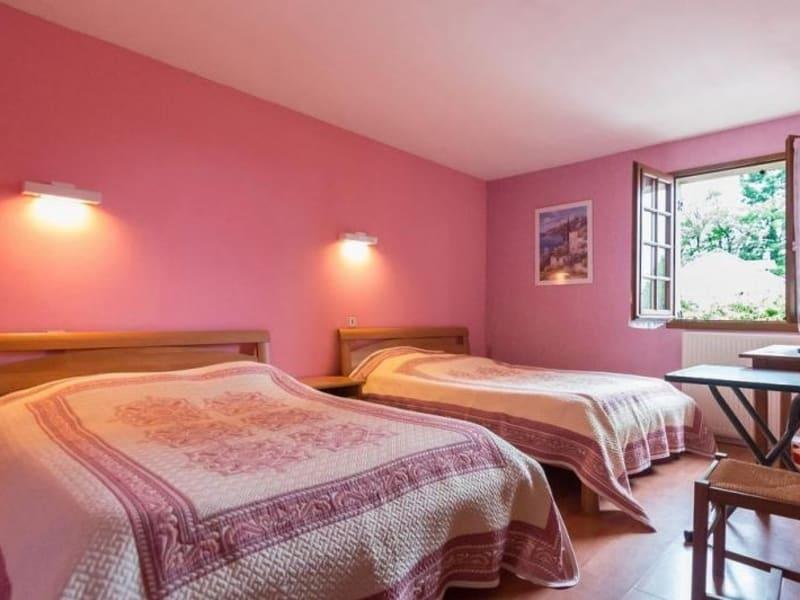Commercial property sale shop St just le martel 160000€ - Picture 5