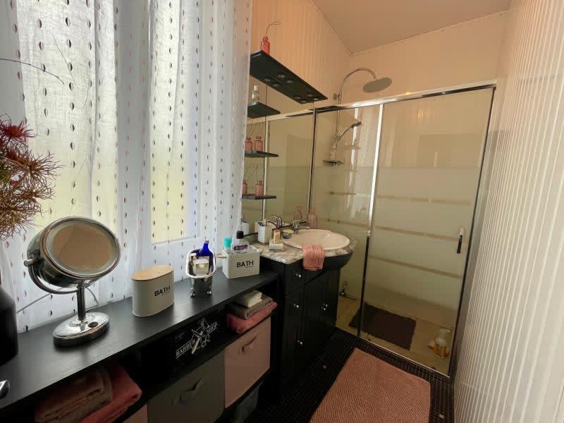 Sale house / villa Chateauneuf la foret 230000€ - Picture 6