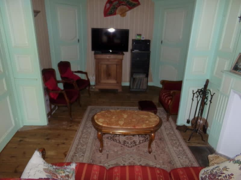 Sale house / villa St leonard de noblat 110800€ - Picture 2
