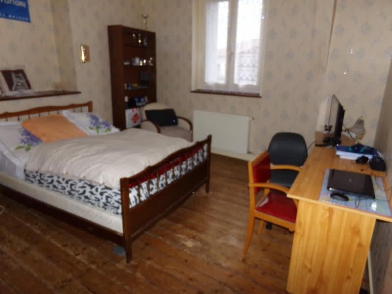 Sale house / villa St leonard de noblat 110800€ - Picture 6