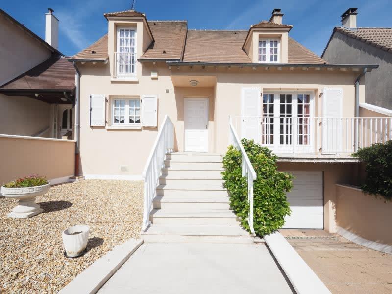 Sale house / villa Bois d arcy 635000€ - Picture 1