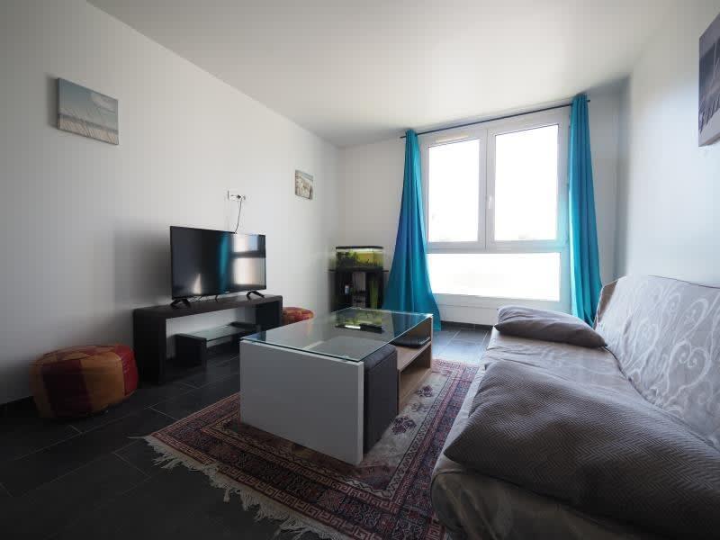 Rental apartment Bois d arcy 820€ CC - Picture 2