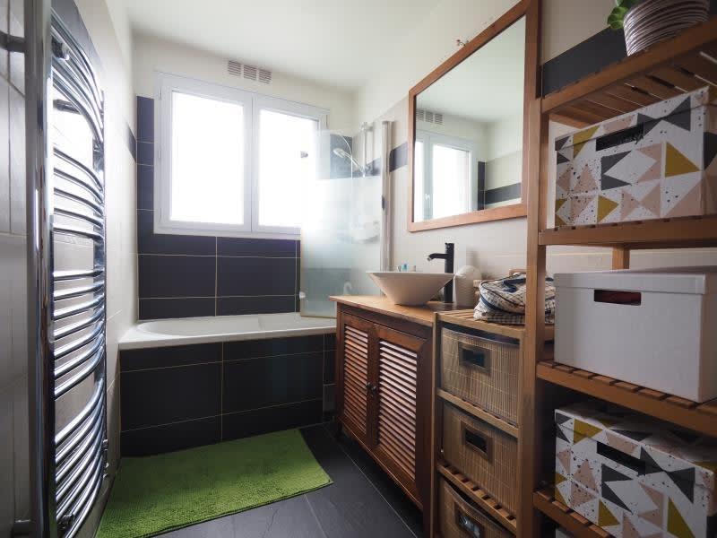 Rental apartment Bois d arcy 1150€ CC - Picture 5