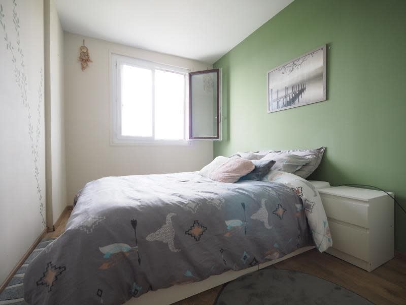 Rental apartment Bois d arcy 1150€ CC - Picture 6