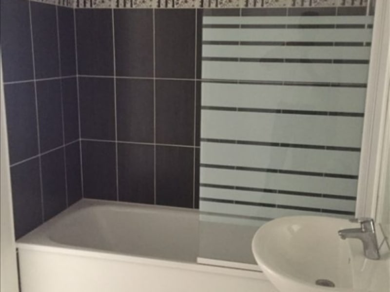 Rental apartment Athis mons 835€ CC - Picture 4