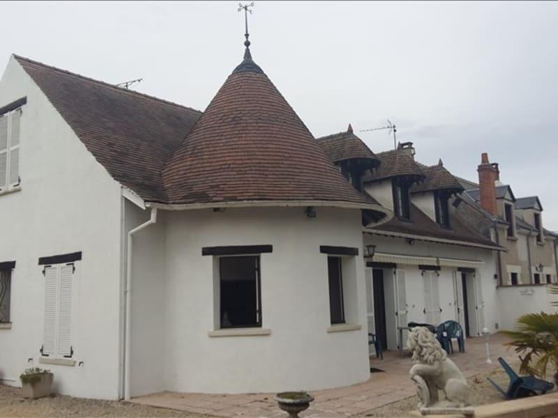 Sale house / villa Contres 185500€ - Picture 1