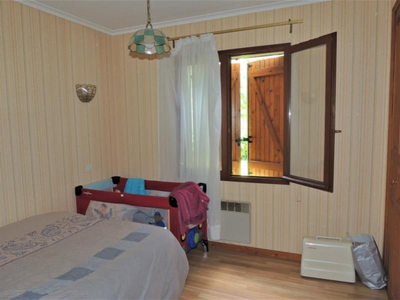 Sale house / villa Lesparre medoc 233000€ - Picture 10