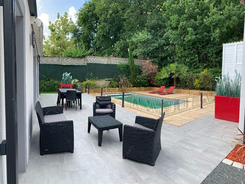 Sale house / villa La roche sur yon 360000€ - Picture 1