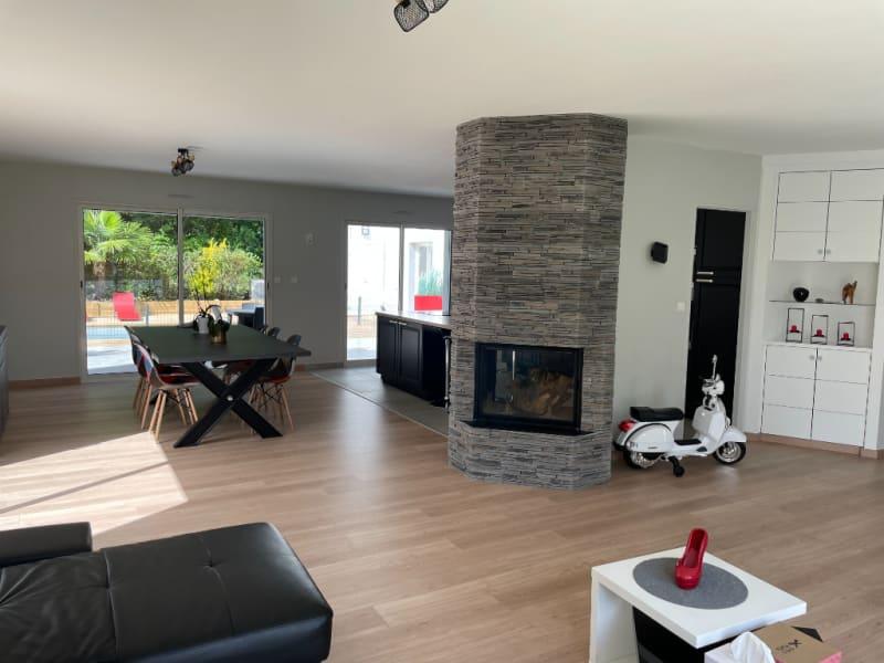 Sale house / villa La roche sur yon 360000€ - Picture 2