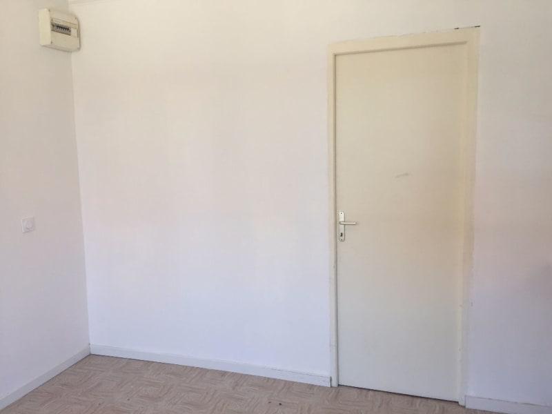 Rental apartment Longuenesse 301,22€ CC - Picture 2