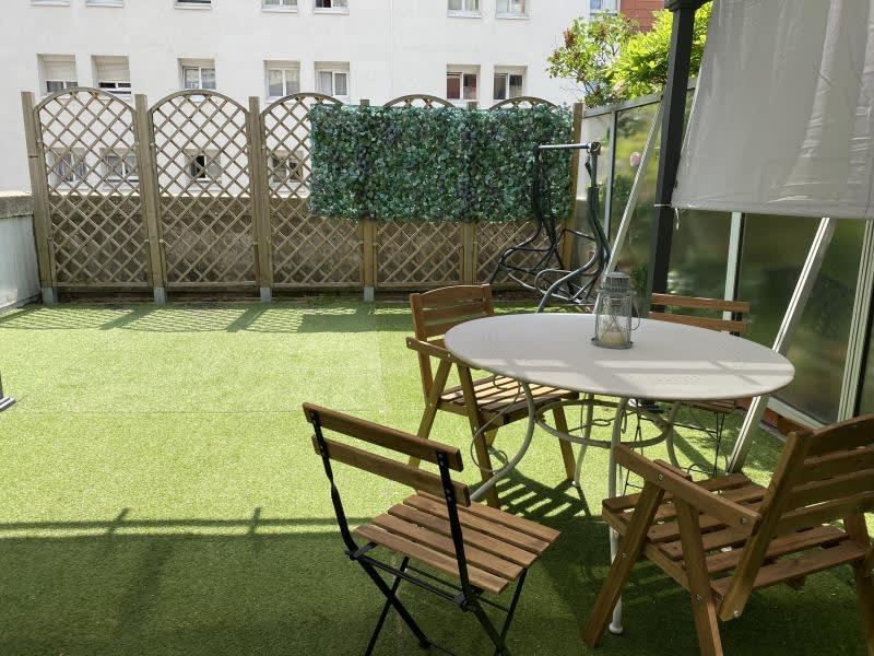 Sale apartment Courbevoie 262000€ - Picture 1