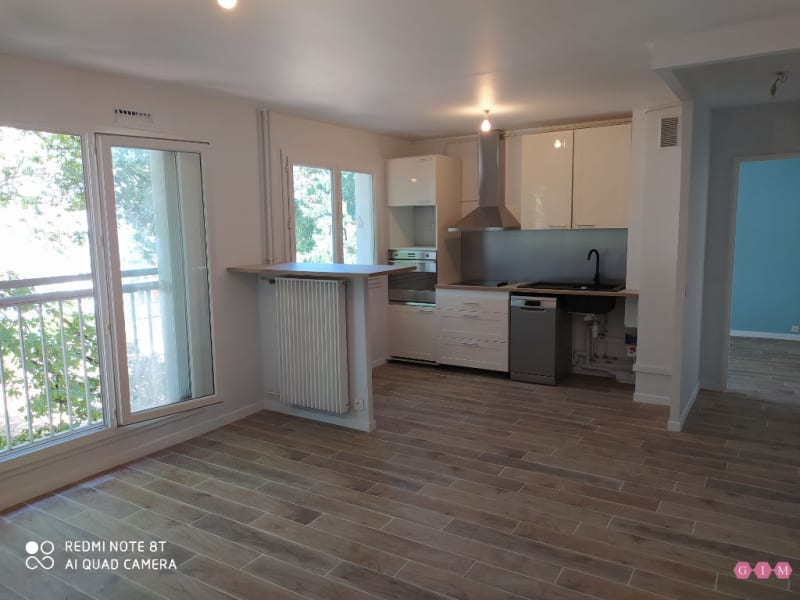 Location appartement Verneuil sur seine 790€ CC - Photo 1