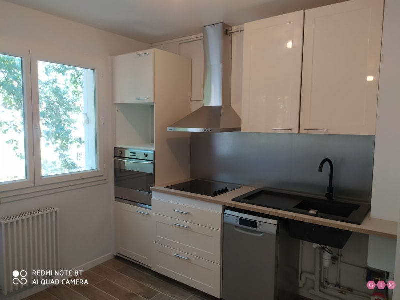 Location appartement Verneuil sur seine 790€ CC - Photo 5