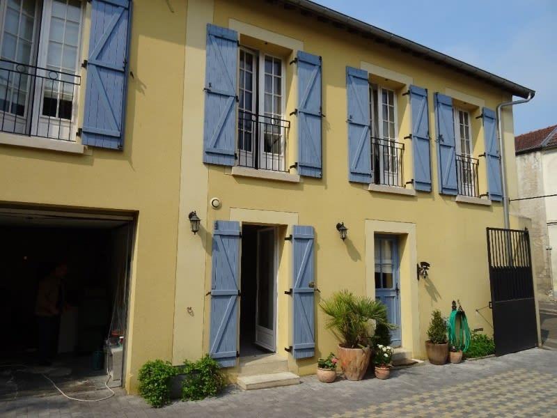 Rental apartment Maule 540€ CC - Picture 1