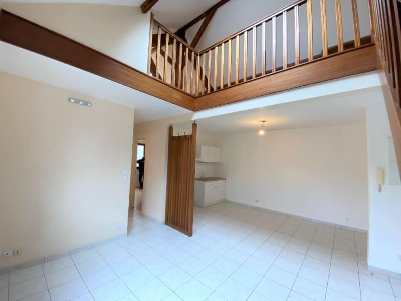 Rental apartment Mery sur oise 775€ CC - Picture 2