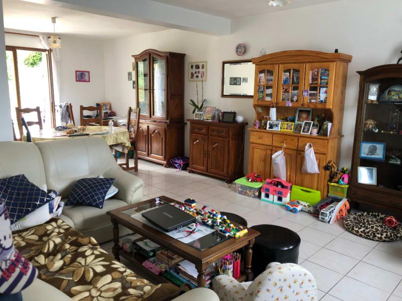 Sale house / villa Ste genevieve 226600€ - Picture 2
