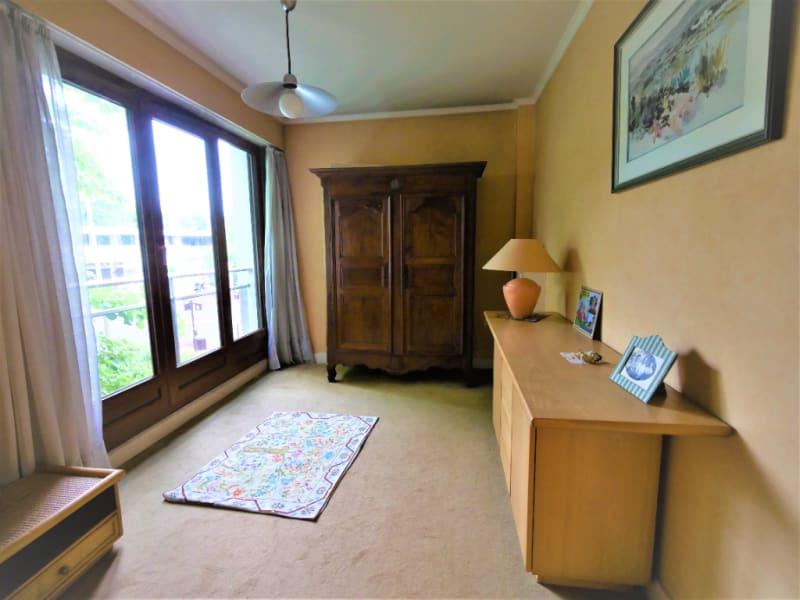 Sale apartment Saint cloud 780000€ - Picture 6