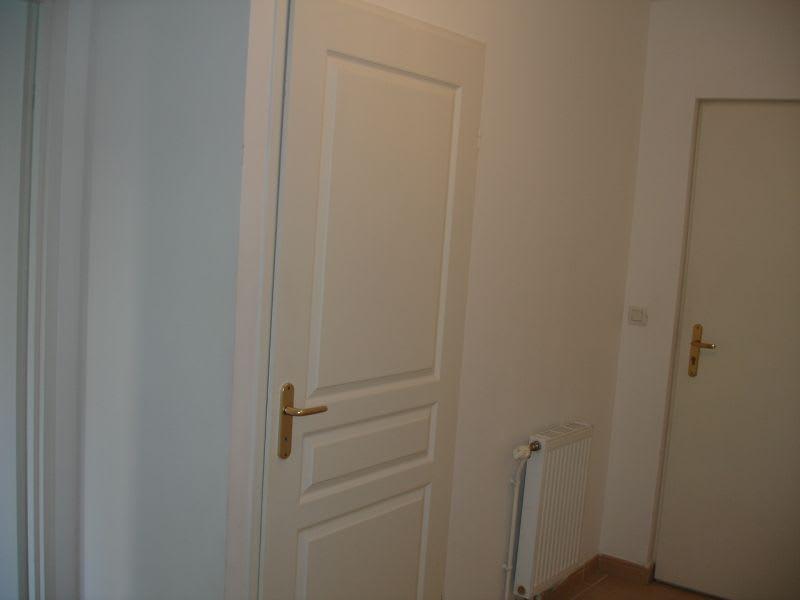 Rental apartment Saint quentin 630€ CC - Picture 4