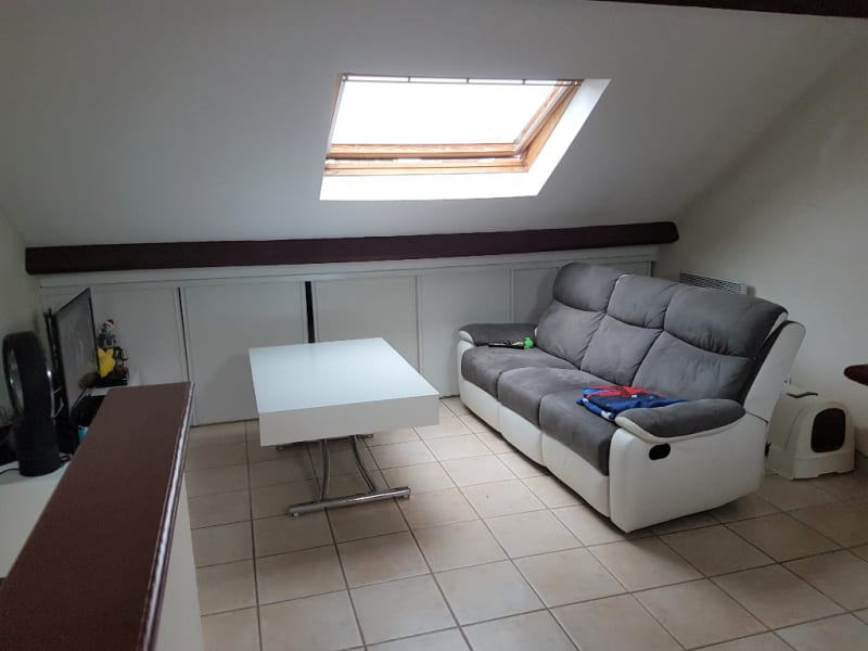 Rental apartment Chevry cossigny 685€ CC - Picture 2