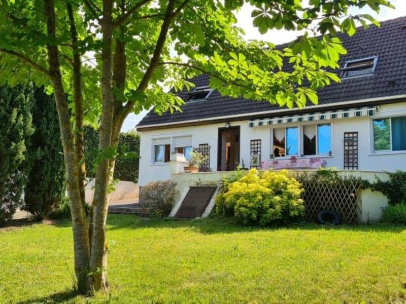 Sale house / villa Maule 440000€ - Picture 1