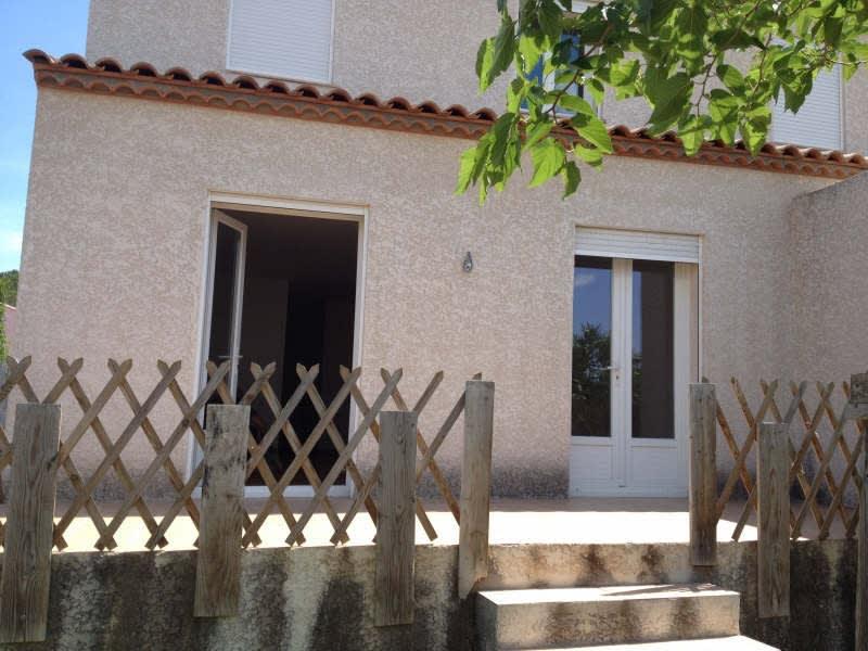 Location maison / villa Servian 821€ CC - Photo 1